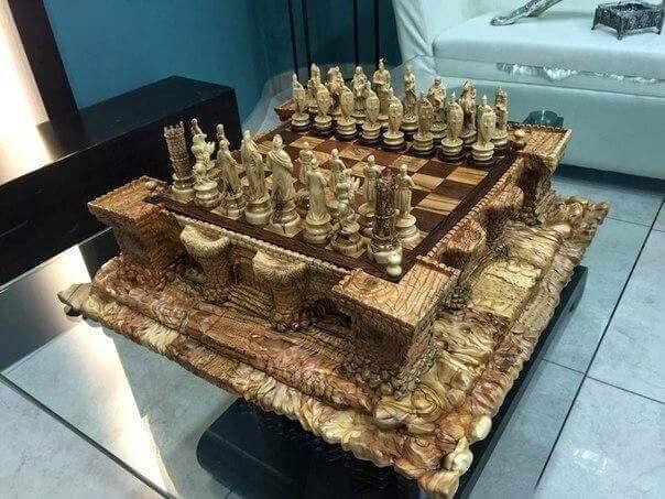 резьба по дереву шахматы