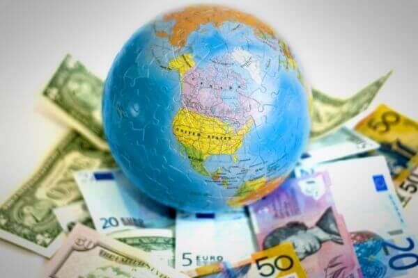 деньги мира денежные единицы стран госудаств снг
