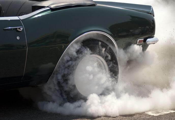 максимальный крутящий момент двигателя автомобиля
