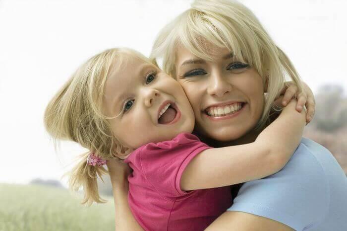 стихи дочери от мамы с днём