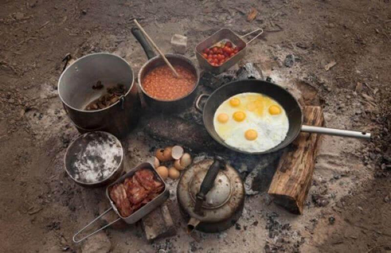 утренний завтрак на природе фото