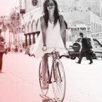 Красивые женщины на велосипедах