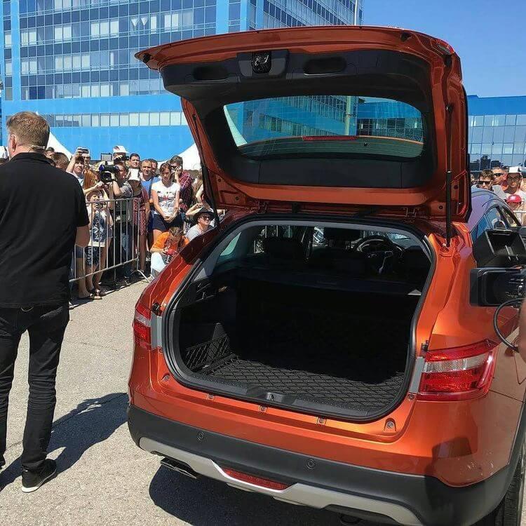 веста универсал кросс фотографии автомобиля