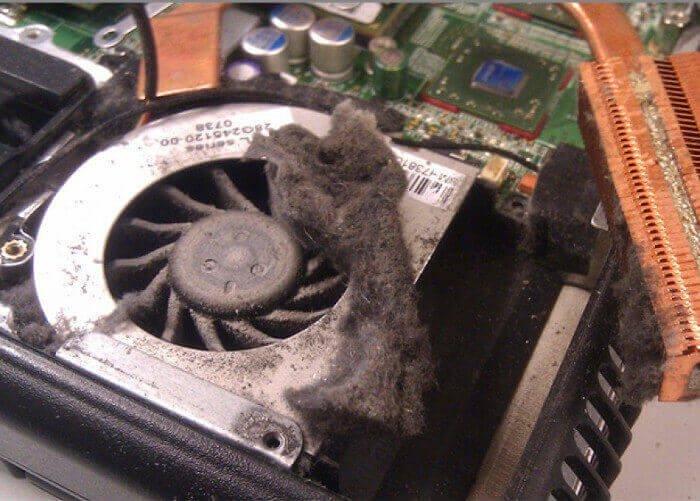 почему сильно шумит компьютер