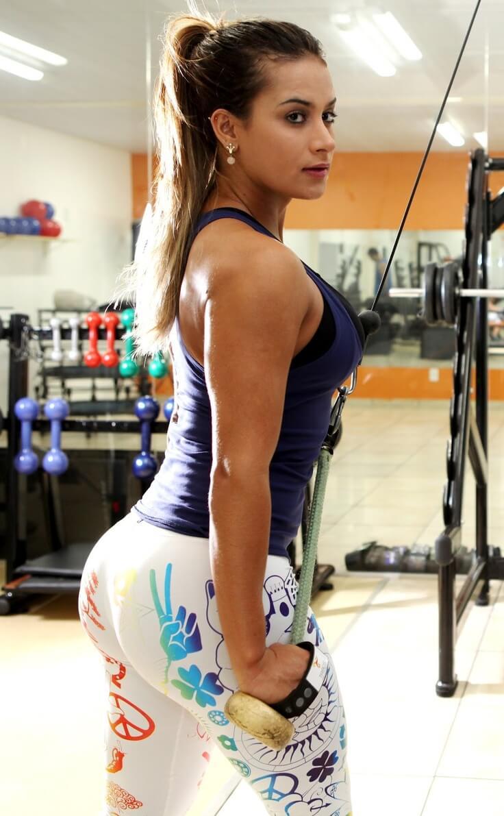 увеличиваются мышцы во время треннировки