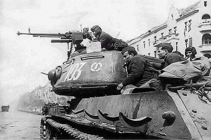 советские танкисты герои вов