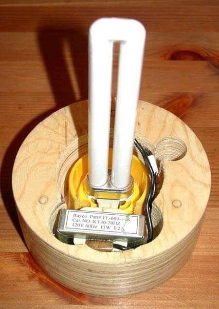 светильник из компакт дисков